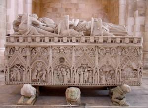 Mosteiro de Alcobaça - Túmulo de D. Inês de Castro