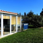 11 CANTO DO SOL - Conservatory with adjacent lawn and direct access to the swimming pool area