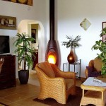 2.08 CASA PAVÃO - Living room with fire place (in addition to central heating)