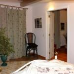 29c CASA ALECRIM - Quarter 1 door opening to the dining room