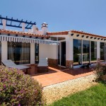 35 CASA ALECRIM - Seaside front with sun terrace in front of living room and conservatory