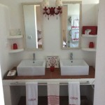 15 Red bathroom